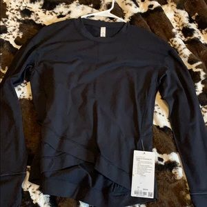 Lululemon Close to Crossing sweatshirt